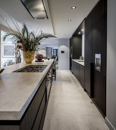 gepassioneerd vakmanschap, in ieder detail – Excellent Magazine Best Kitchen Designs, Modern Kitchen Design, Modern Interior Design, Room Interior, Interior Design Living Room, Coastal Interior, Minimal Kitchen, Modern Kitchens, Dream Kitchens