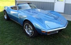 Example of Bryar Blue paint on a GM General Motors 1972 Chevrolet Corvette Chevrolet Corvette Stingray, Old Corvette, Corvette Summer, American Dream Cars, Old Vintage Cars, Old Classic Cars, Lifted Ford Trucks, Chevy, Unique Cars