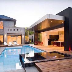 Que SONHO! preciso ter uma piscina na minha casa hahah ✨ @decorcriative