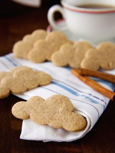 Pradobroty: Skořicové sušenky Gingerbread Cookies, Christmas Cookies, Amazing Cakes, Cookie Recipes, Sweet Tooth, Food And Drink, Xmas, Sweets, Baking