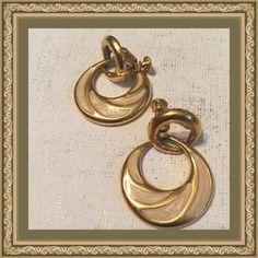 Vintage Napier earrings Napier gold tone earrings Vintage Jewelry Earrings