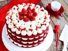 New birthday cake red velvet heavens Ideas Birthday Cakes For Men, Red Velvet Birthday Cake, New Birthday Cake, Red Cake, Homemade Birthday Cakes, Easy Cake Decorating, Birthday Cake Decorating, Red Velvet Cake Decoration, Bolo Red Velvet