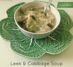 50 Detox Soups To Start Losing Weight Today - Easy Deto - Easy Detox Cleanse soup cabbage chicken soup cabbage crockpot soup cabbage diet plans soup cabbage fat burning soup cabbage healthy soup cabbage instant pot Detox Soup Cabbage, Cabbage Diet, Cabbage Soup Recipes, Chowder Soup, Leek Soup, Healthy Soup, Healthy Recipes, Healthy Detox, Fat Burning Soup