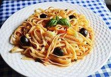 Paste cu rosii si masline Paste, Spaghetti, Ethnic Recipes, Food, Eten, Meals, Noodle, Diet