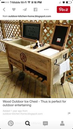 Ice chest for lower deck