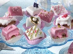 Petit Fours ideas (recipes in German)