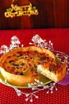 ベーコンの塩気、チョリソーのピリ辛味がおいしさを引き立てます。 #Christmas #recipe #クリスマス #キッシュ #quiche