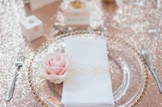 FLOWERS AND EVENT STYLING BY FLEUR COUTURE GOLD LUXURY WEDDING SETTING WITH MERCURY CENTREPIECE, CHIFFON, BLUSH, CANDLES, SEQUIN CLOTH, ROSE GOLD, GATSBY, GOLD BEADED CHARGER PLATE, SWEET AVALANCHE ROSE PLACE SETTING IMAGE BY SDS PHOTOGRAPHY STATIONARY BY THE LITTLE LOVE CARD COMPANY