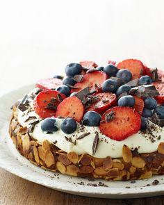 Danish Dessert, Danish Food, Baking Recipes, Real Food Recipes, Yummy Food, Delicious Recipes, Cookie Desserts, Cookie Recipes, Cake Decorating Tips