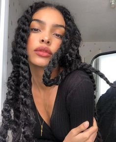 Cameroonian x French – Cutest Mixed Girls By Far Baddie Hairstyles, Black Girls Hairstyles, Protective Hairstyles, Braided Hairstyles, Black Is Beautiful, Hair Inspo, Hair Inspiration, Mode Old School, Pelo Color Borgoña