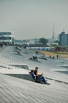 Promenade at Willy-Brandt-Platz, a renovated port on the North Sea in Bremerhaven, Germany. Landscape And Urbanism, Landscape Plans, Urban Landscape, Landscape Design, Urban Furniture, Street Furniture, Lawn Furniture, Willy Brandt Platz, Urban Park