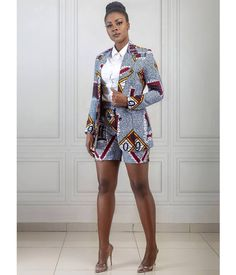 Africa Fashion 666321707354667018 - 100 Latest Ankara Style Designs For 2019 (Updated) – Source by African Fashion Ankara, Latest African Fashion Dresses, Latest Ankara Styles, Ghanaian Fashion, African Dresses For Women, African Print Dresses, African Print Fashion, Africa Fashion, African Attire