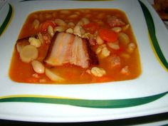 Babgulyás Hungarian Cuisine, Hungarian Recipes, Hungarian Food, Goulash Soup, Stew, World Recipes, No Cook Meals, Family Meals, Thai Red Curry