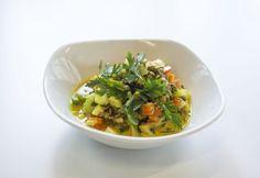 13+1 kalóriaszegény ebéd fél óra alatt | NOSALTY Curry, Baked Potato, Risotto, Potatoes, Baking, Ethnic Recipes, Food, Cilantro, Red Peppers