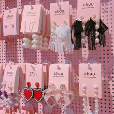 gambar earrings, pink, and aesthetic Cute Jewelry, Jewelry Accessories, Fashion Accessories, Cute Earrings, Pink Aesthetic, Girly Things, Pretty In Pink, Korean Fashion, Fasion