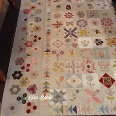 Getting the borders ready to appliqué...down hill run..EPP,needle turn appliqué,hand piecing,by Lisa Egan