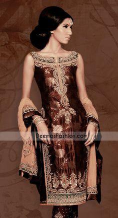 Old Sangeet Outfit Indian Bridal Fashion, Asian Fashion, Pakistani Outfits, Indian Outfits, Indian Clothes, Desi Clothes, Trajes Punjabi, Jamawar Dresses, Sangeet Outfit