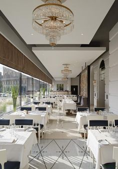 Modern restaurants that you can see in this selection #delightfull #uniquelamps #DiningRoomInteriorDesign #DiningRoomLighting #DiningRoomChandeliers #ModernChandeliers #ModernHomeLighting #FloorLamps #TableLamps #CeilingLights #WallLights #DesignerLighting