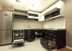 3A dizajn za Vas izrađuje kuhinje po meri. Pomažemo Vam da u isto vreme imate savremeno dizajniranu i funkcionalnu kuhinju.
