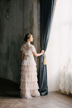 The Dance of Spring is a breathtaking ballet inspired bridal styled shoot in St. Petersburg, Russia by Olesya Ukolova Photography. Ballerina Dancing, Dancing Shoes, Beautiful Wedding Gowns, Wedding Dresses, Bridal Shoot, Newlyweds, Wedding Blog, Designer Dresses, Fashion Beauty