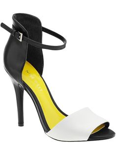 Keep up with this season's hottest trend—black and white—with these Nine West peep toe stunners! #shoes