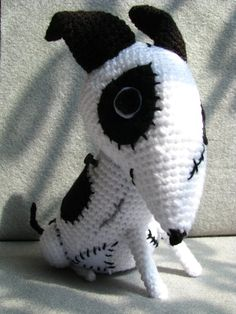 PDF Amigurumi Pattern Frankenweenie inspired doll by picuu Crochet Amigurumi, Amigurumi Patterns, Amigurumi Doll, Crochet Dolls, Knit Crochet, Crochet Patterns, Crochet Crafts, Crochet Projects, Halloween Crochet