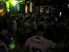 One of those epic dance nights in São Paulo! People Dancing, Big Party, Like A Local, People Like, Dance, Feelings, Night, Concert, World