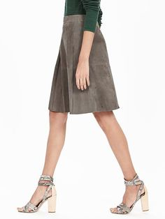 bd3708bae5 134 Best Spring is Calling images in 2019 | Banana Republic, Classic ...