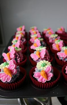 Childrens butterly & flowers by kylie lambert (Le Cupcake), via Flickr