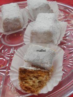 Spanish Christmas pastry - Hojaldrinas - mantecados manchegos   http://decoraciondemabel.blogspot.com.es/2012/11/hojaldrinas-mantecados-manchegos.html