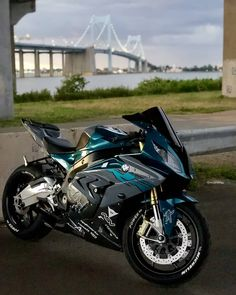 Bmw Sport, Sport Cars, Motorcycle Paint Jobs, Motorcycle Bike, Motorcycle Types, Diavel Ducati, Monster Bike, Motorcross Bike, Z 1000
