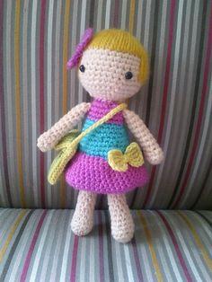 Cute lil doll pattern. Free. Super cute!