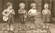Irish Crooners and Balladeers were taught on winter nights by The Gnome Tenors Guartet.