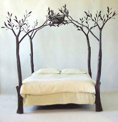 In mancanza di alberi, può essere l'idea per uno stencil su parete con effetto 3D!