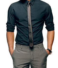 Dress like Joseph Gordon-Levitt and women will fall over themselves for you. Slim black shirt, slim grey tie with lighter grey chinos. Black leather watch to finish.