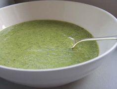 Detox-friendly broccoli soup with peppery arugula.