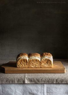 Elaboración paso a paso de pan de molde tierno con una técnica de origen japonés, el tang zhong o papilla de harina y agua