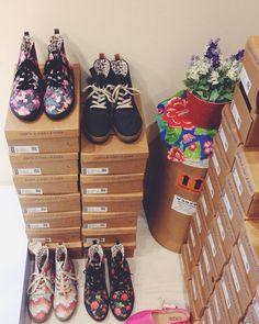 Cantinho das botas  Botinhas Liker da PROMO de R$149,90  Por R$80,00  #lojaamei #botinha #conforto #chuva
