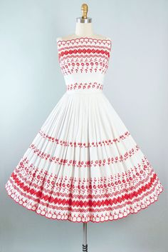 Vintage 50s Dress / 1950s White Cotton Sundress by GeronimoVintage