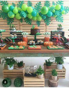 Ideas For Safari Birthday Party Boy Balloons Jungle Theme Birthday, Dinosaur Birthday Party, Boy Birthday Parties, Birthday Party Decorations, Dinosaur Party Decorations, 3rd Birthday, Hawaii Party Decorations, Birthday Ideas, Safari Decorations