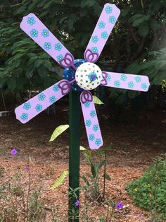 Recycled Ceiling Fan Yard Art Purple Passion Recycling / Reuse / RElove - All For Garden