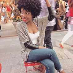 That moment when you know your fro is on point! @nvmam .  #naturalhair #naturalista #kinkyhair #coilyhair #curlyhair #bigchop #nhdaily #naturalhairdaily