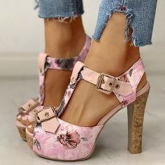 Pink Heels, Lace Up Heels, Dress And Heels, Pumps Heels, Floral Heels, Sneakers Mode, Sneakers Fashion, Fashion Shoes, Fall Fashion