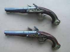 A FINE PAIR OF FRENCH & INDIAN/AMERICAN REVOLUTIONARY WAR PERIOD ENGLISH FLINTLOCK OFFICER'S PISTOLS.