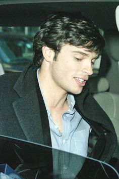 """""""Only A FanGirl"""" 4 Tom Welling & Smallville! Devoted Stuck in Pakistan waiting on news from all of Tom Welling Productions! Smallville Clark Kent, Tom Welling Smallville, Beautiful Boys, Pretty Boys, Gorgeous Men, Beautiful People, Superman, Lana Lang, Hollywood Actor"""