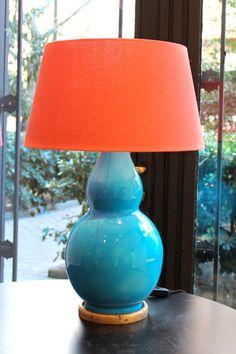 Lámpara de Mesa Color Turquesa Cerámica | Pottery Table Lamp Turquoise Color. Detana, Madrid.
