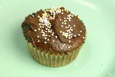 "Gluten Free Chocolate Cupcakes with Vegan ""buttercream"" Chocolate Frosting Recipe elanaspantry Paleo Cupcakes, Gluten Free Cupcake Recipe, Gluten Free Treats, Gluten Free Desserts, Cupcake Recipes, Cupcake Cakes, Dessert Recipes, Paleo Recipes, Free Recipes"