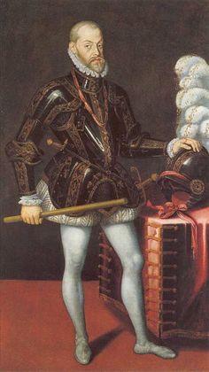 Cuando su marido ascendió al trono español como Felipe II, ella se convirtió en reina consorte de España.