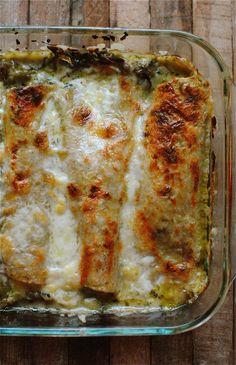 Chile Enchiladas with Chicken and Zucchini