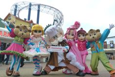 The characters of the Blackpool Pleasure Beach showing their support for #votesuecopp